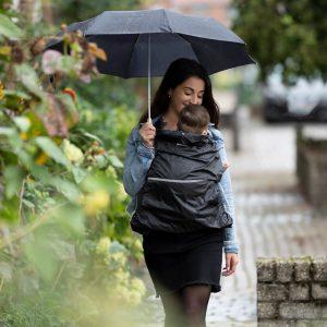дъждобран за бебеносене